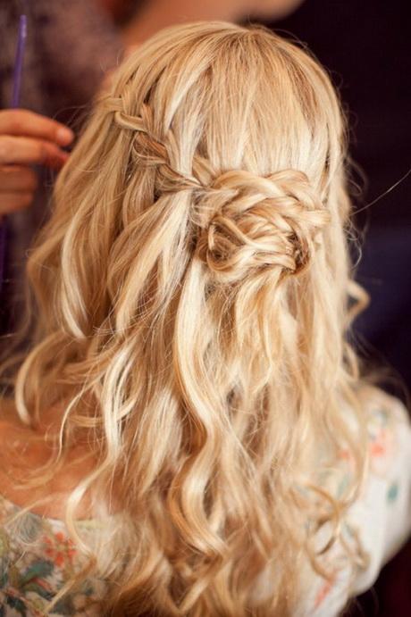 Flechtfrisuren lange haare offen