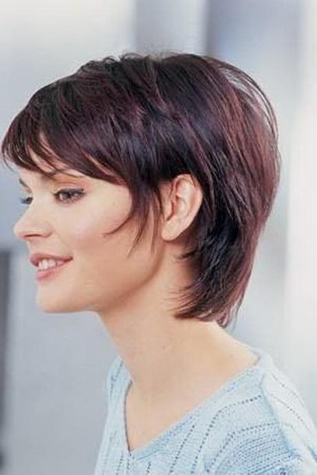 Frisuren kurz stufig for Schulterlange frisuren frauen