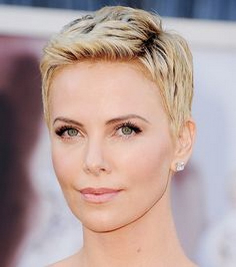 charlize theron growing out short hair. Black Bedroom Furniture Sets. Home Design Ideas