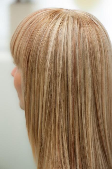 Rote Strhnen Im Blonden Haar 02 Blonde Highlights