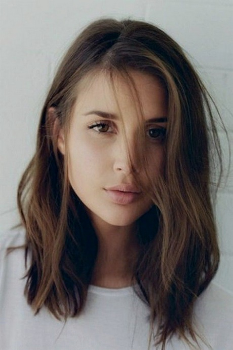 Trendfrisuren 2018 damen lang stilvolle frisuren for Frisurentrends 2018 damen mittellang