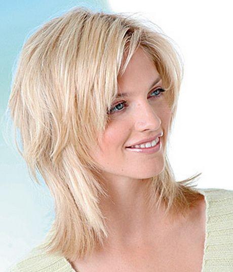 Frisuren schulterlang gestuft glatt