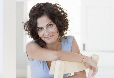 frisuren f r halblanges haar ab 50. Black Bedroom Furniture Sets. Home Design Ideas