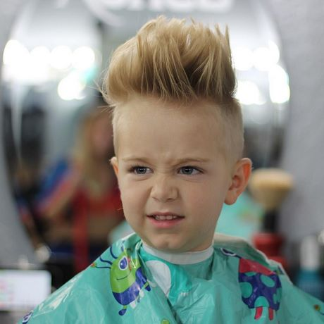 Cute hairstyles for short hair 2018