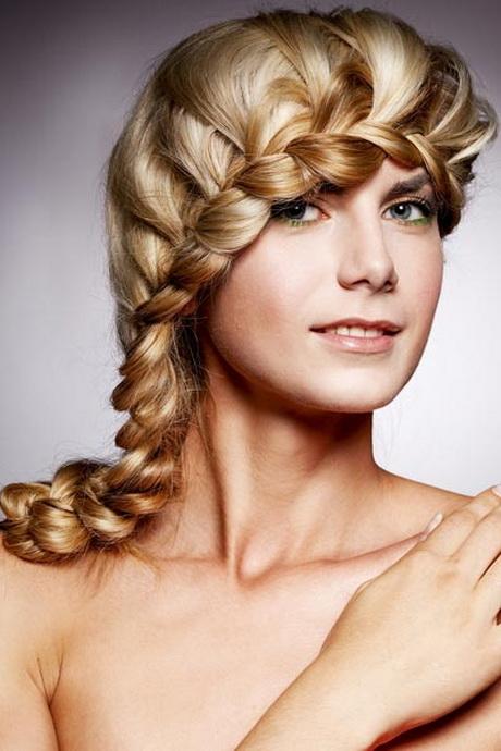schöne hochsteckfrisuren für lange haare