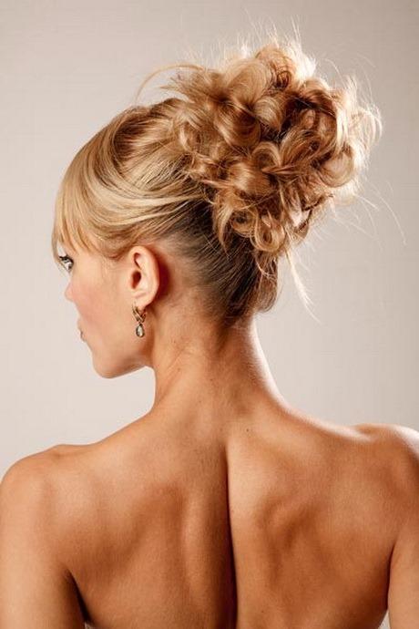 hochsteckfrisuren lange haare locken