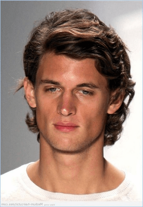frisuren männer locken kurz