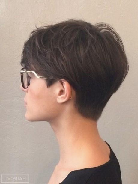 Kurzhaarfrisuren Damen Rundes Gesicht Brille